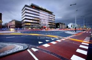 Nederland, Amsterdam , 14 december 2011. Het voormalige pand van de Volkskrant op de Wibautstraat wordt niet gesloopt. Foto:Jean-Pierre Jans