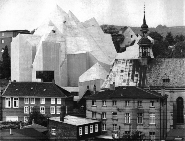 Nevigeser Wallfahrtsdom, Neviges. kerk van Gofftried Böhm, beton brut